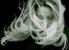 Salonowa i domowa pielęgnacja włosów